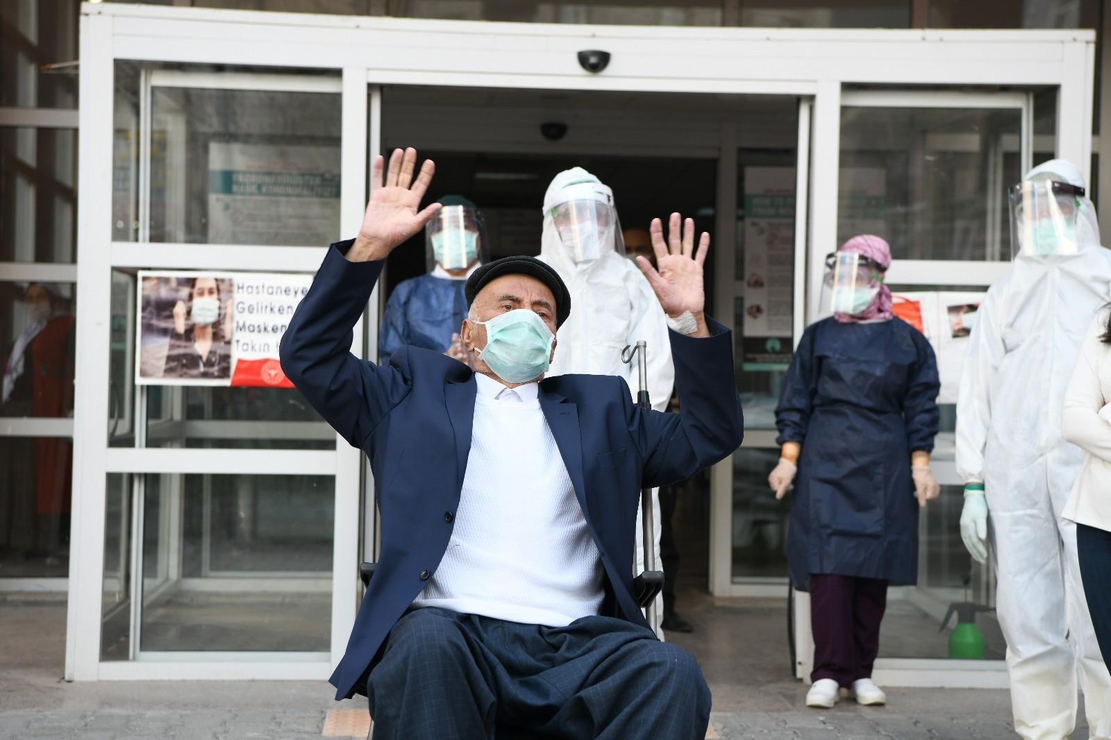 81 yaşındaki aşiret ağası korona virüsü yendi