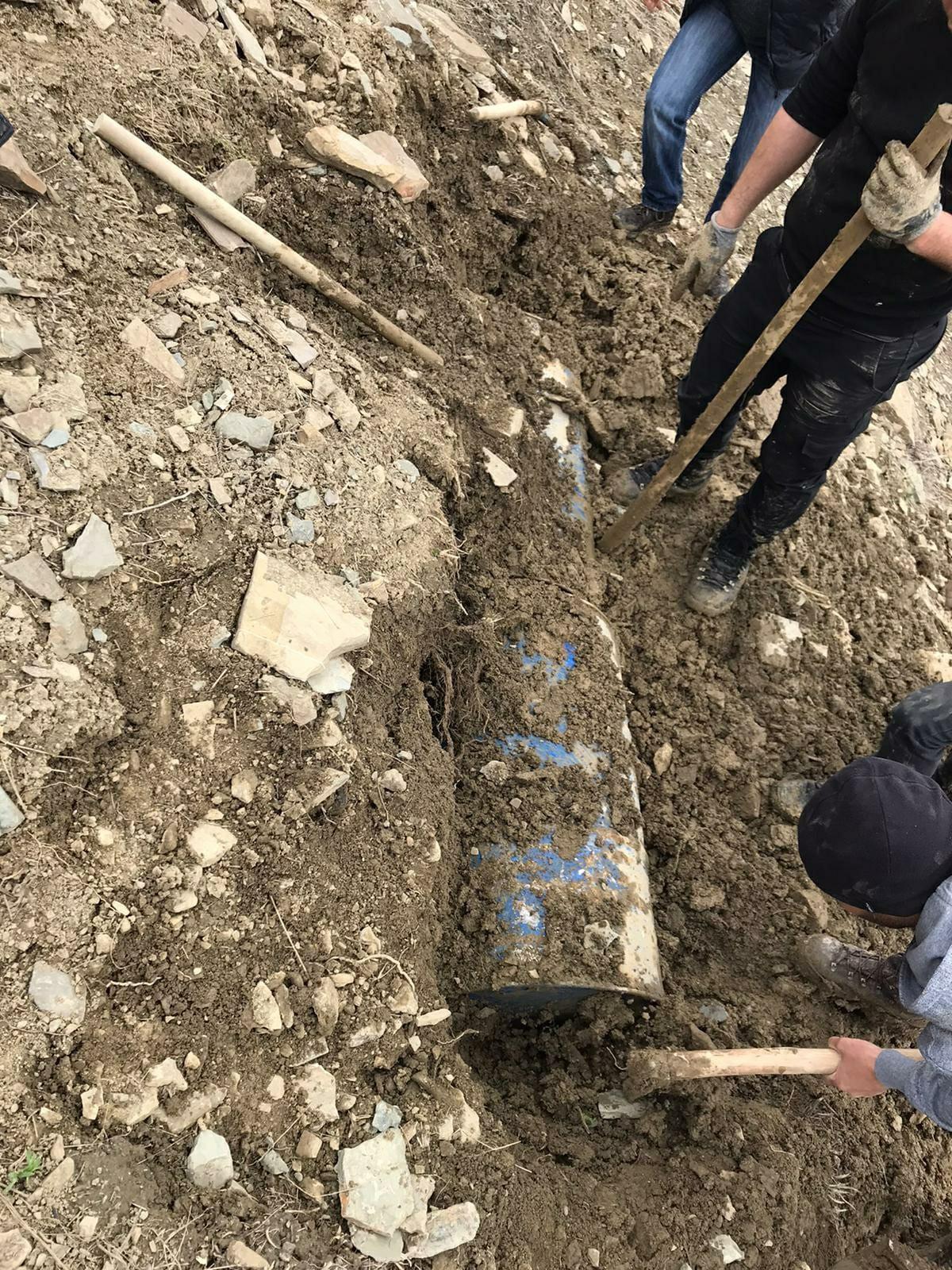 Hakkari'de uyuşturucu yapımında kullanılan malzemeler ele geçirildi