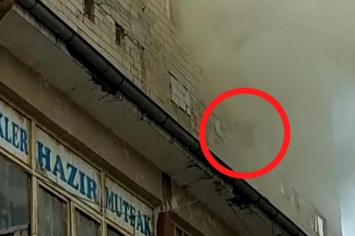 Yangında mahsur kalan hamile kadın pencereden atladı