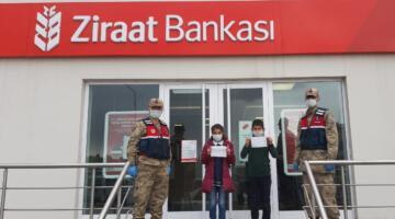 Harçlıklarını 'Biz Bize Yeteriz Türkiyem Kampanyası'na bağışladılar