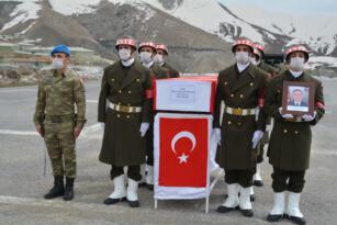 Şehit asker törenle memleketine uğurlandı