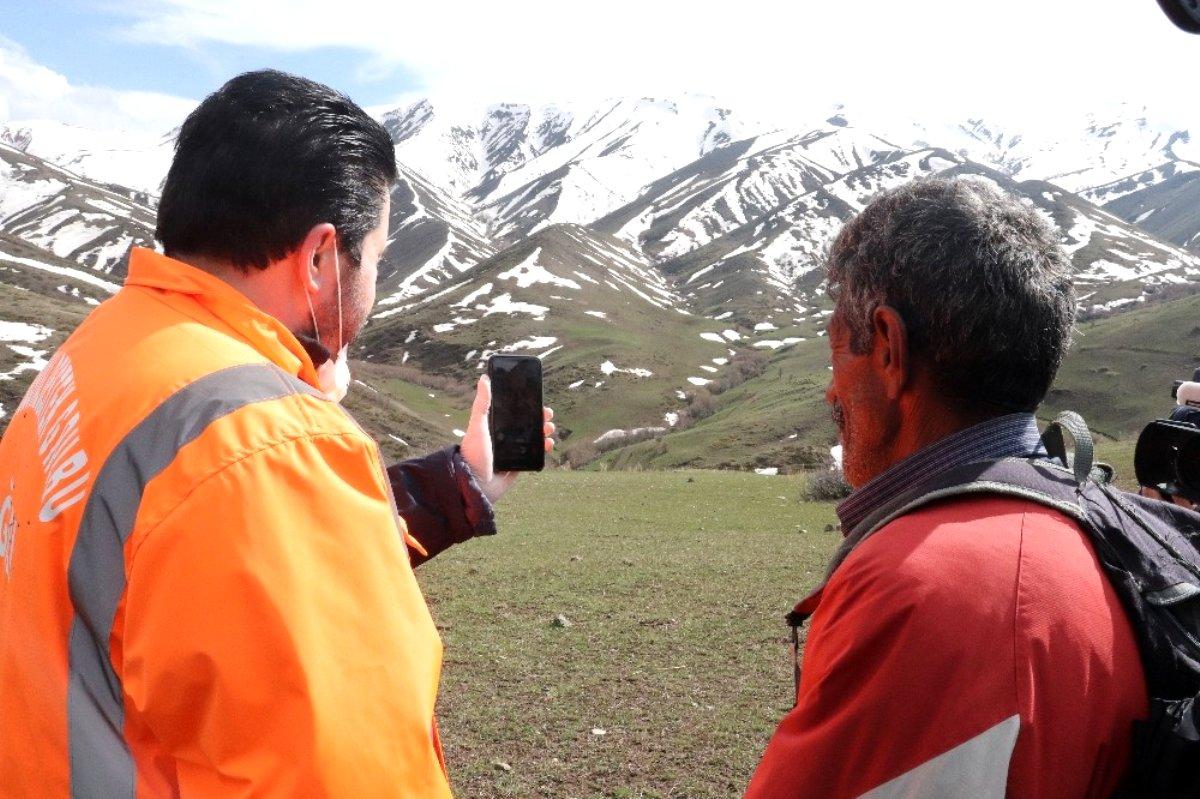 Başkan Sayan, oğlu PKK lılar tarafından kaçırılan babayı Bakan Soylu ile görüştürdü
