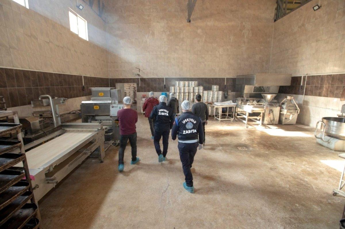 İpekyolu Belediyesi ekiplerinden fırın denetimi