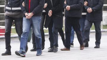 Kars'ta gözaltına alınan HDP'li meclis üyeleri görevden uzaklaştırıldı