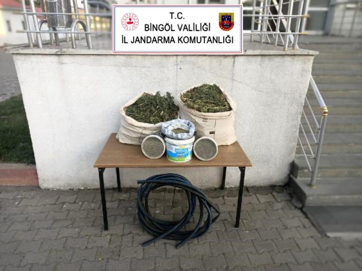 Bingöl de 21 kilo esrar ele geçirildi
