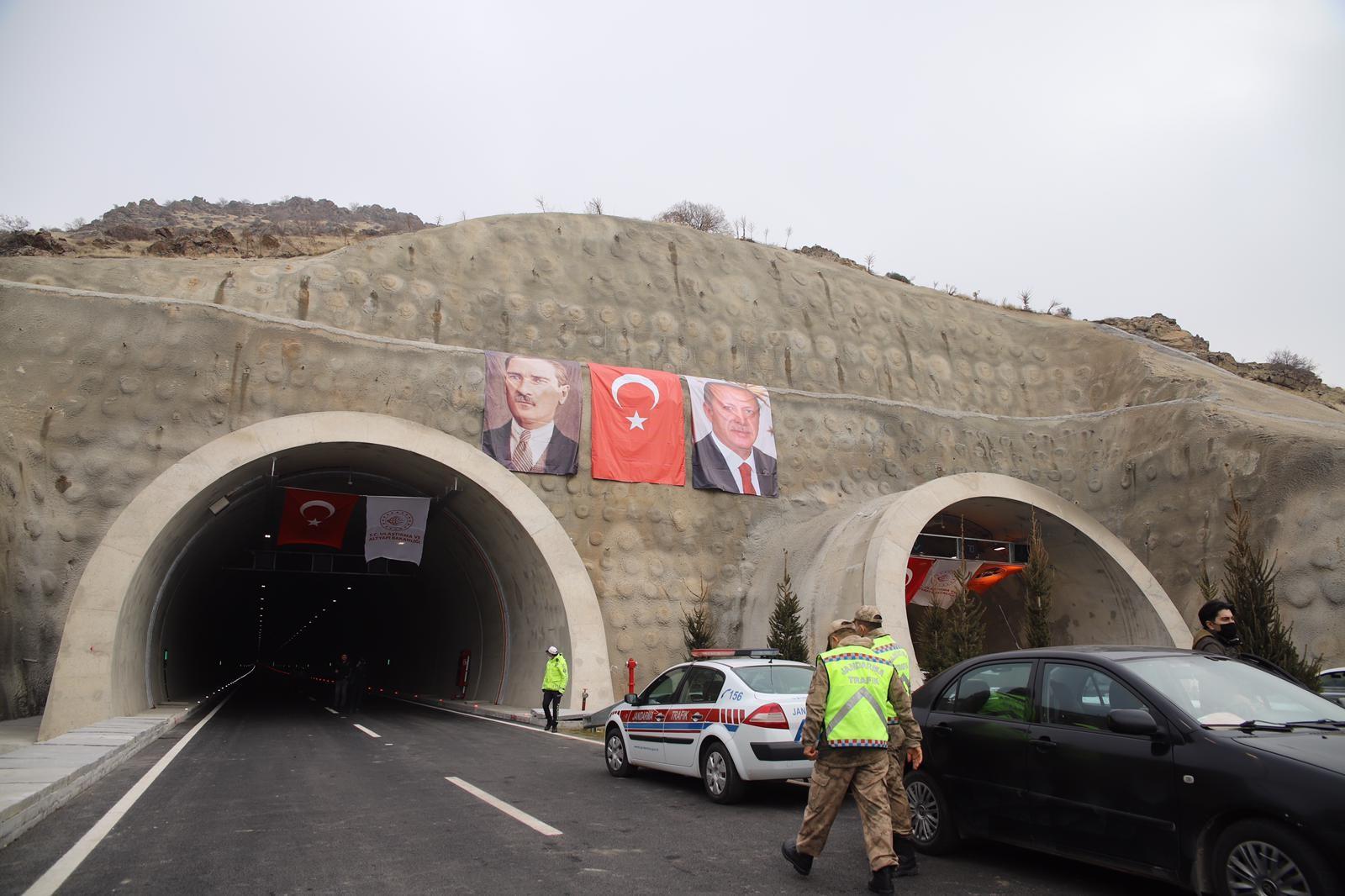 720 milyon lira maliyetli yeni Kömürhan Köprüsü açıldı