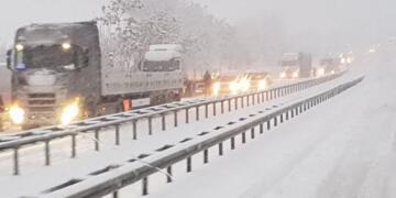 Bingöl, Elazığ, Muş ve Erzurum karayolu tipi nedeniyle araç trafiğine kısıtlandı