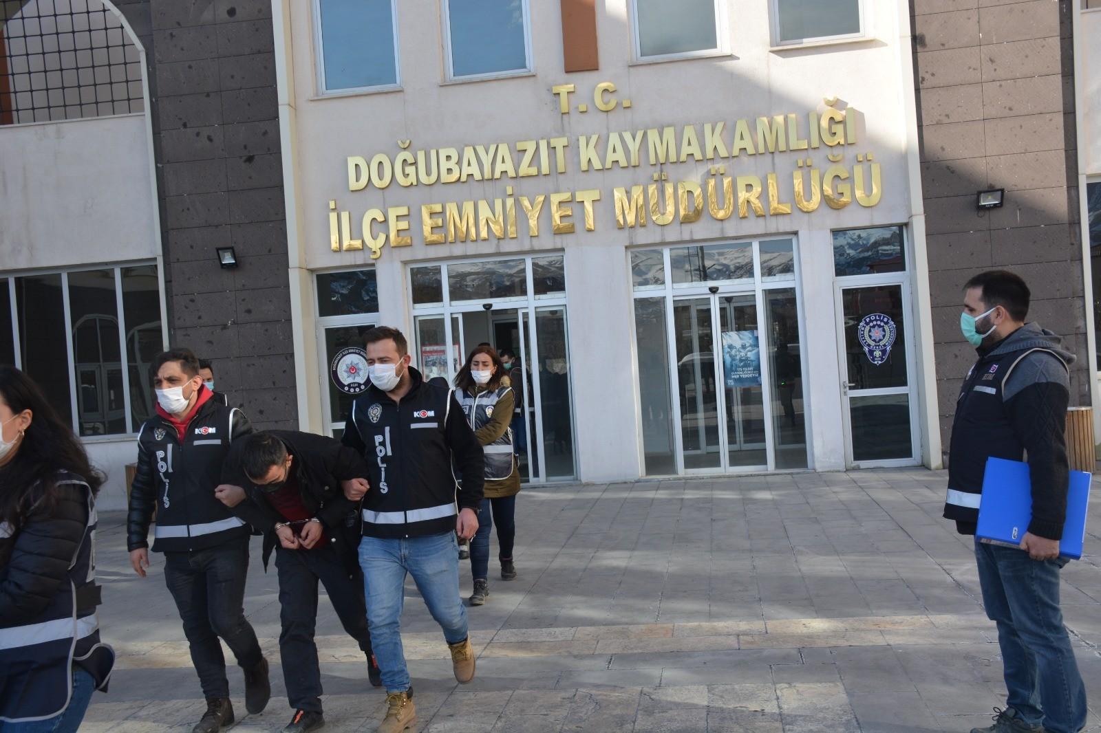 Ağrı Doğubayazıt'ta 'Sahte Gelinler' operasyonunda 6 kişi tutuklandı