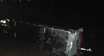 SON DAKİKA! Ağrı'dan giden yolcu otobüsü devrildi: 21 yaralı