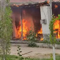 Iğdır Hasanhan köyünde çıkan yangında 1 ev kül oldu