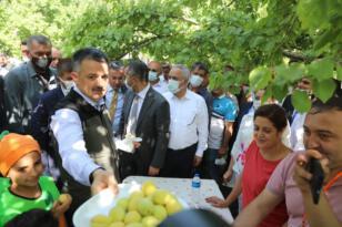 Tarım Bakanı Iğdır'da; Tarım Ve Orman Bakanı Bekir Pakdemirli'den Yem Fiyatlarına İlişkin Açıklama