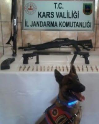 Kars'ta silah ve mühimmat ele geçirildi